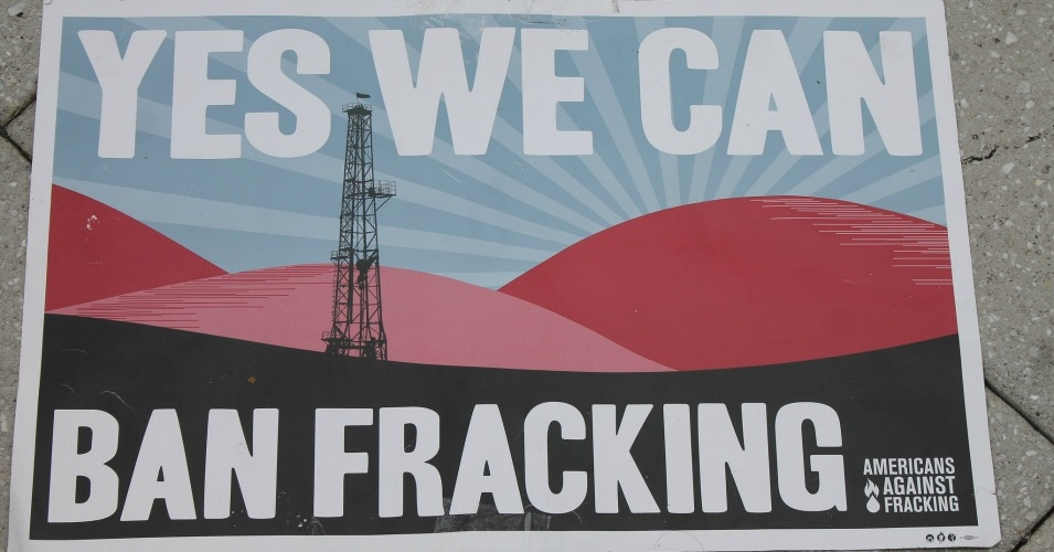 """If we're serious about doing anything about climate change, we actually have to get off fossil fuels,"" environmentalist Bill McKibben told Common Dreams on Wednesday. (Photo: Elvert Barnes/flickr/cc)"